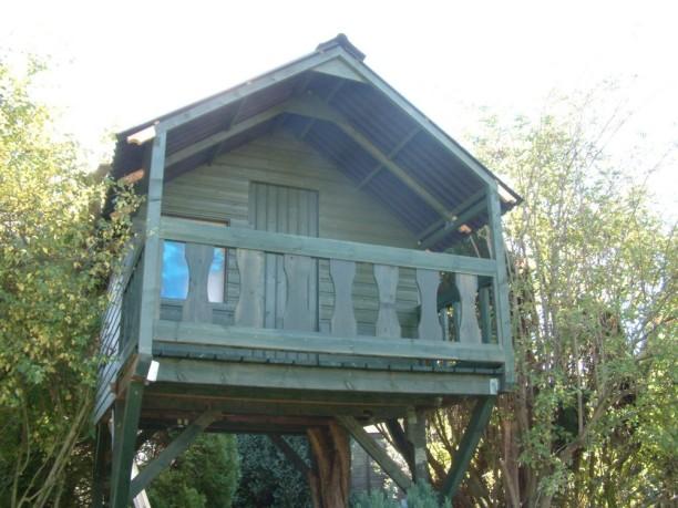 Treehouse 44